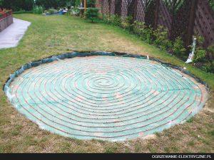 Ogrzanie basenu ogrodowego kablami grzejnymi